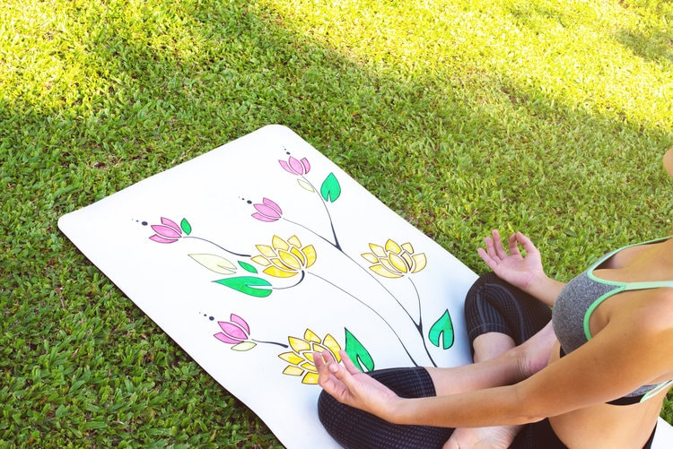 The Yoga Mat You Can Draw On