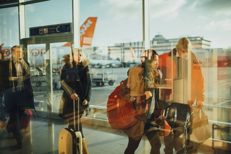 Don't Let Your Fear Of Flying Ground You This Summer