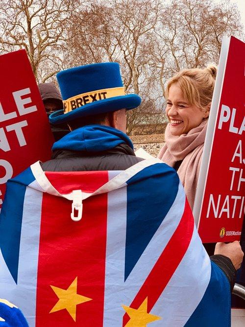 brexiteers wearing union jack