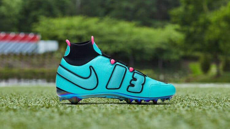 NikeNews FeaturedFootwear OBJ2019 20 Week12 0349 original