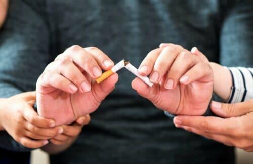 cigarettebeingsnappedinhalf