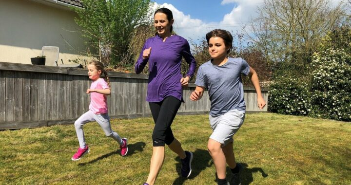 Jo Pavey MBE with Fit For Sport Offering Families Inspiration and Motivation Challenge