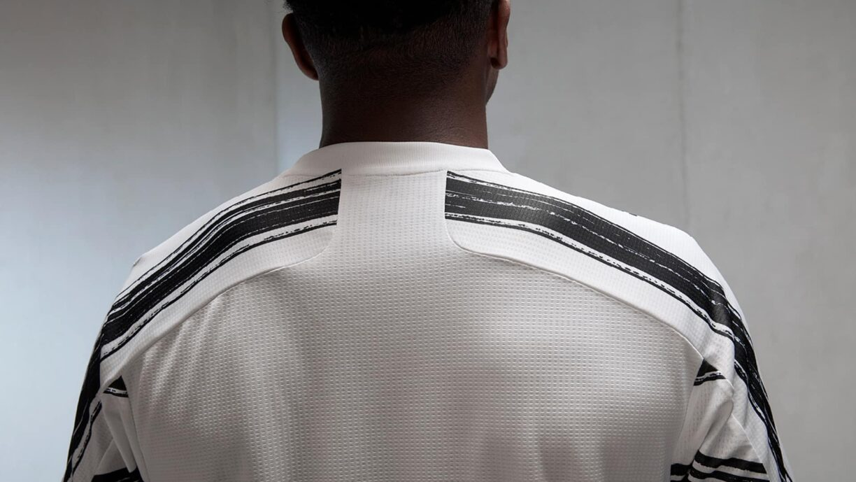 Juventus 2020/21 Home Jersey Released