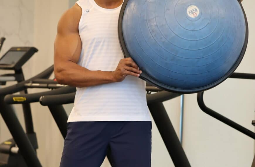 Are You Working Towards A Better Booty? Try These Bosu Ball Workouts