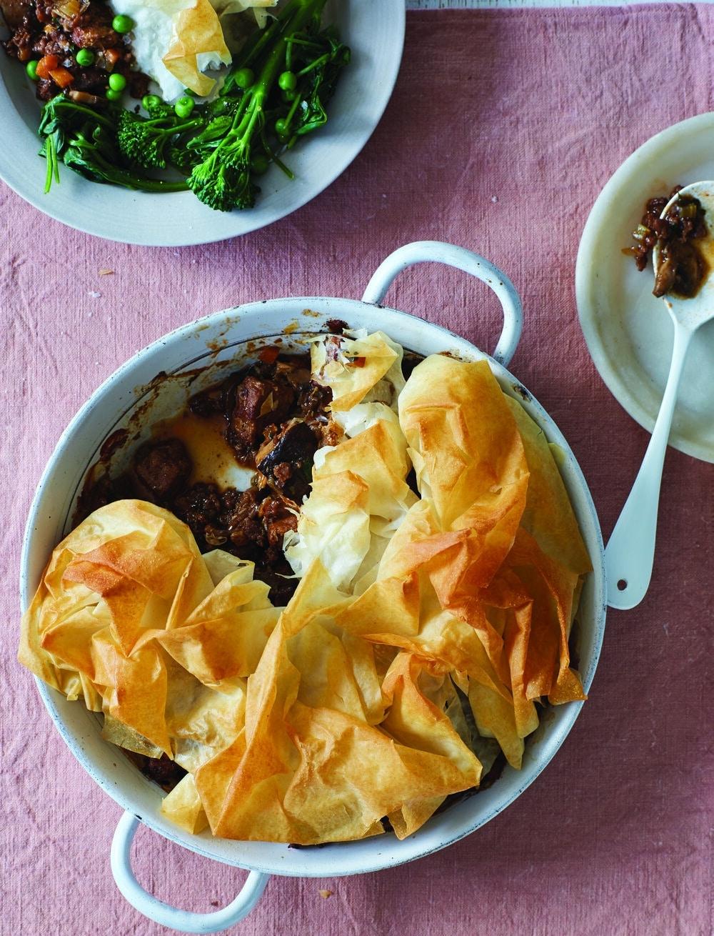 BOSH!!! A Meaty Mushroom Pie That Is Totally Vegan Friendly