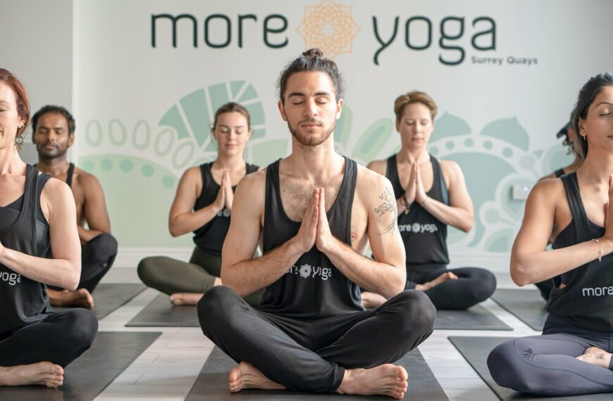 MoreYoga presents White Friday; the FREE solution to your Black Friday stress