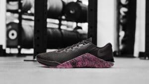 NikeNews FeaturedFootwear Metcon5 AQ1189 006 A original