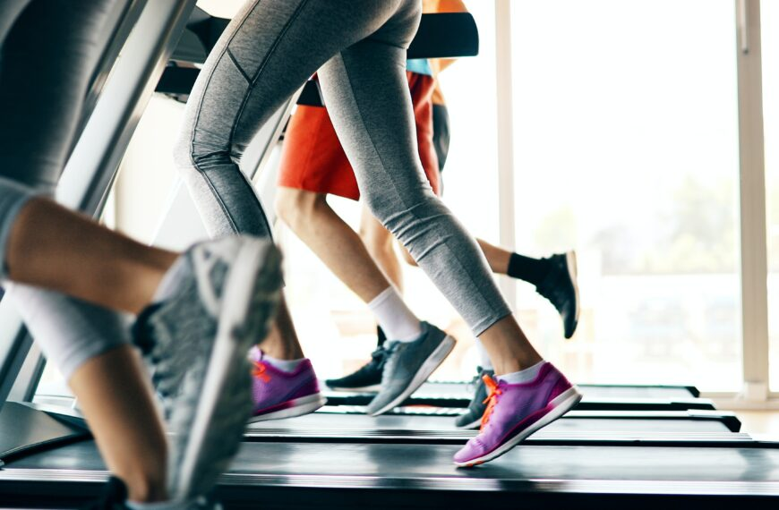 Are You Going Through These 5 Emotional Stages Of Getting Back To The Gym?