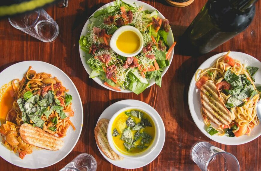 Why Our Instincts Are Wrong On Portion Size