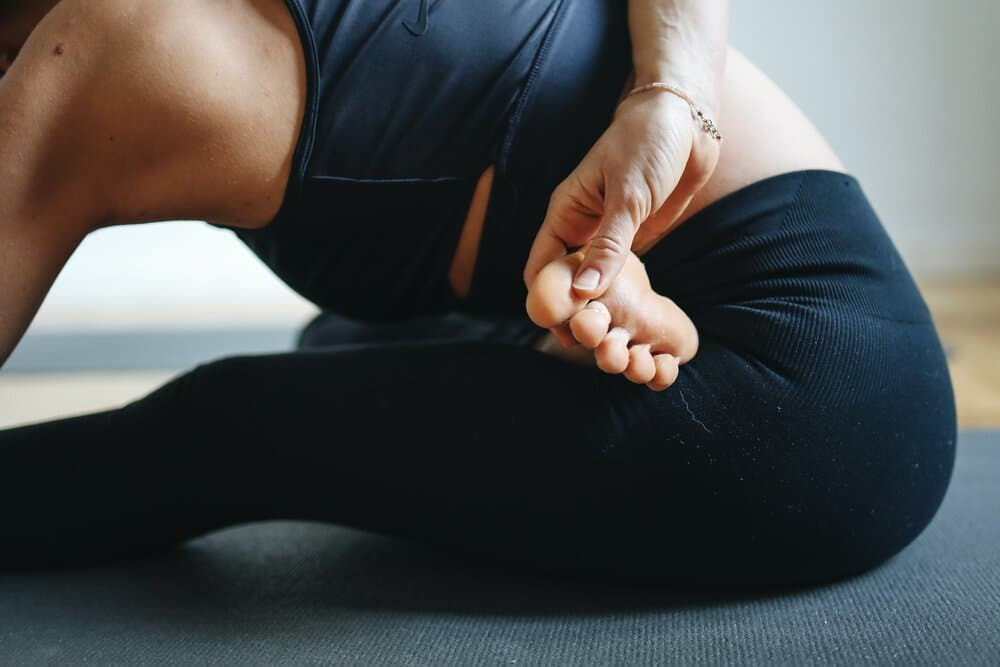 woman practicing yoga 3735532