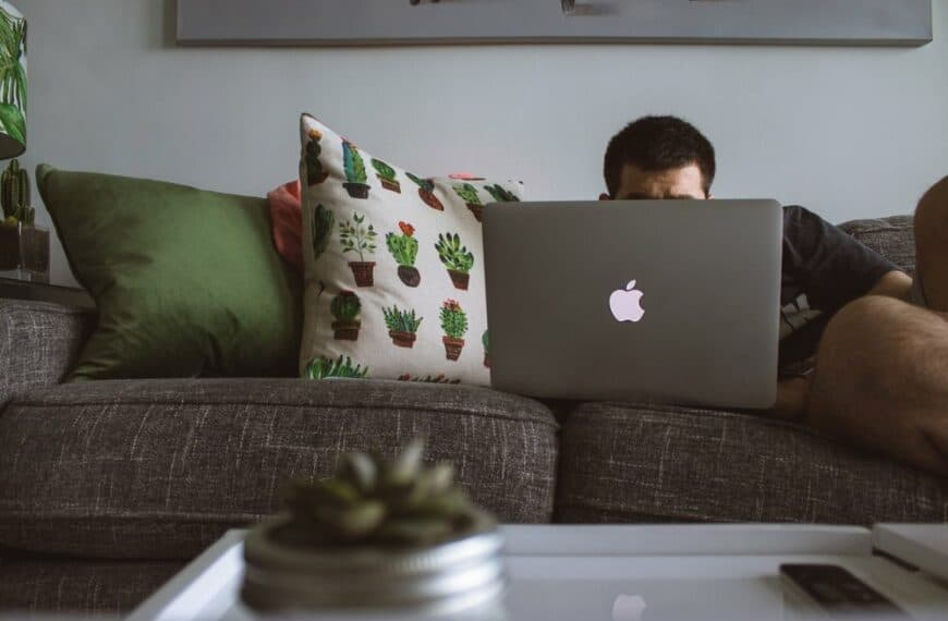 Is it Time for The Four-Day Working Week?