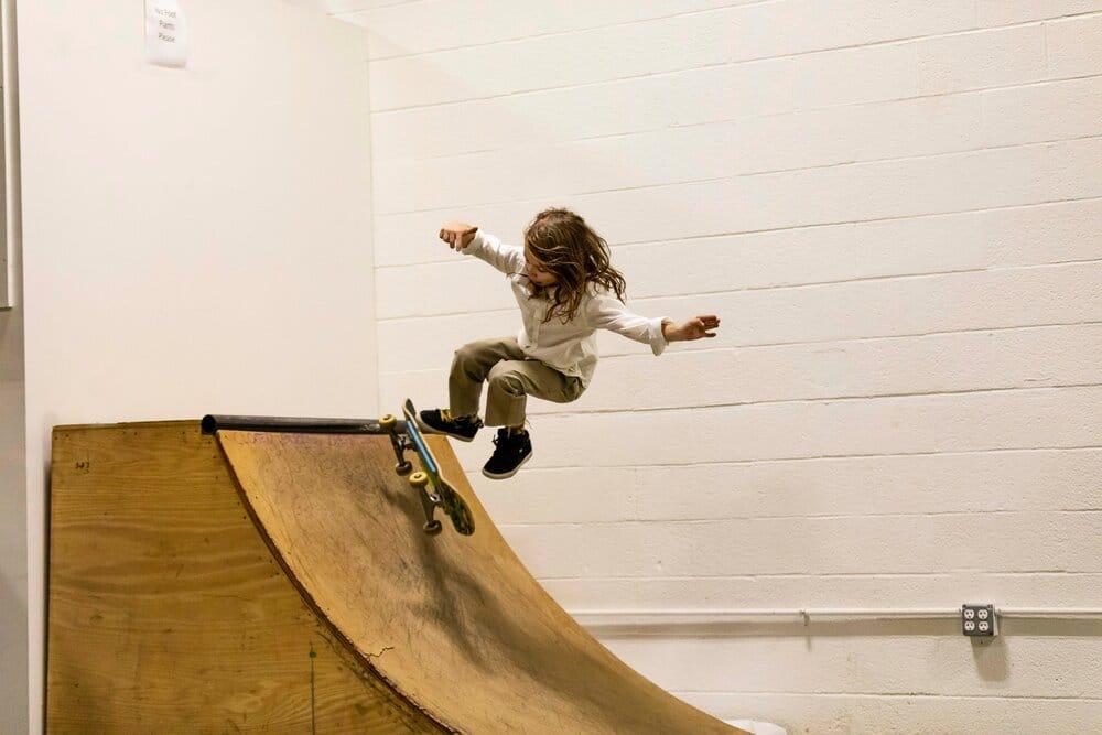 youngkidskateboardingonramp