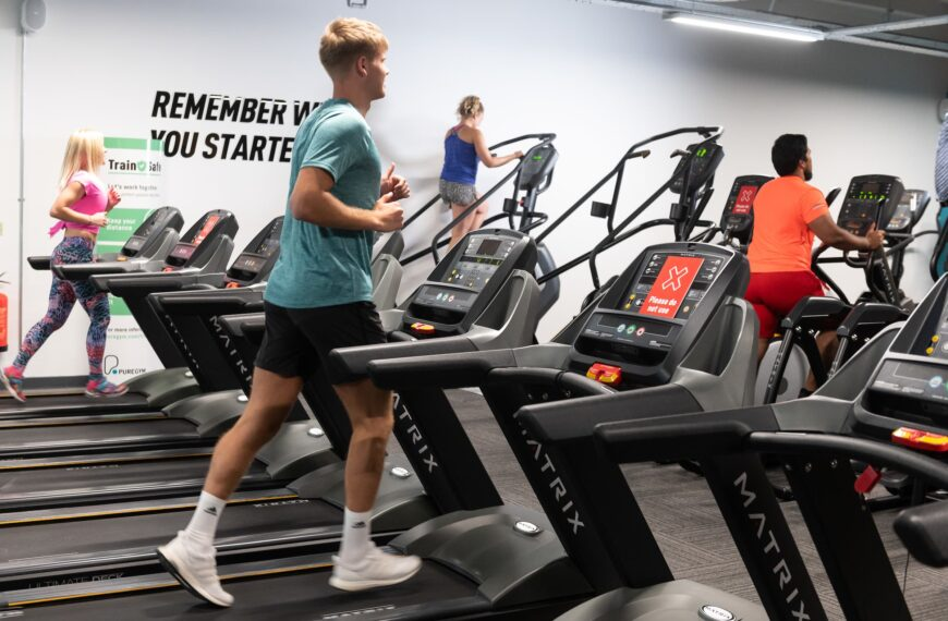 Personal Trainers Reveal How Gym Habits Have Changed Since Reopening