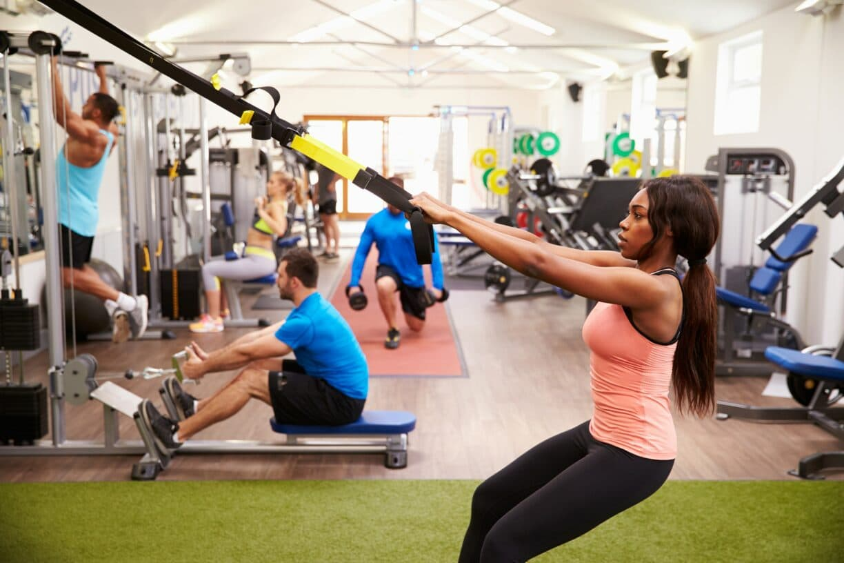 8 etiquette and hygiene tips for staying safe at the gym