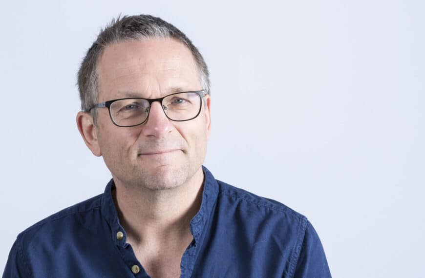 Dr Michael Mosley And The Fast 800 Team Launch Caffeine-free Coffee Flavour Shake