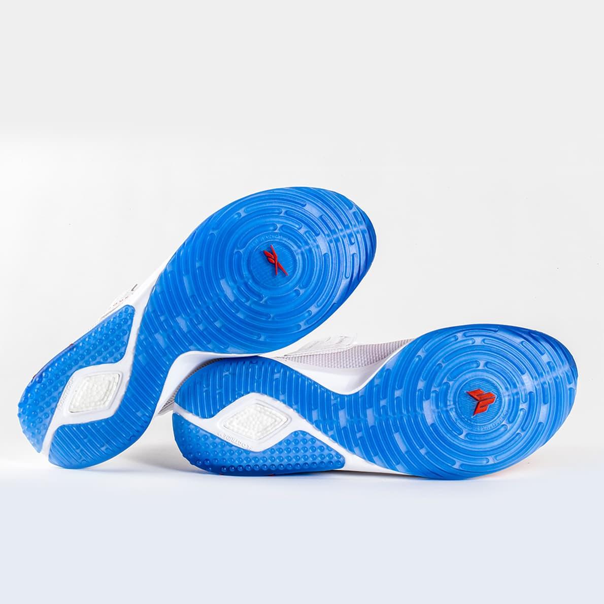 JJ IV Reebok Training Shoe00005