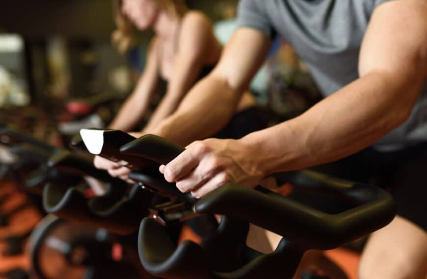 What You Need To Know Before Taking Your First Spin Class