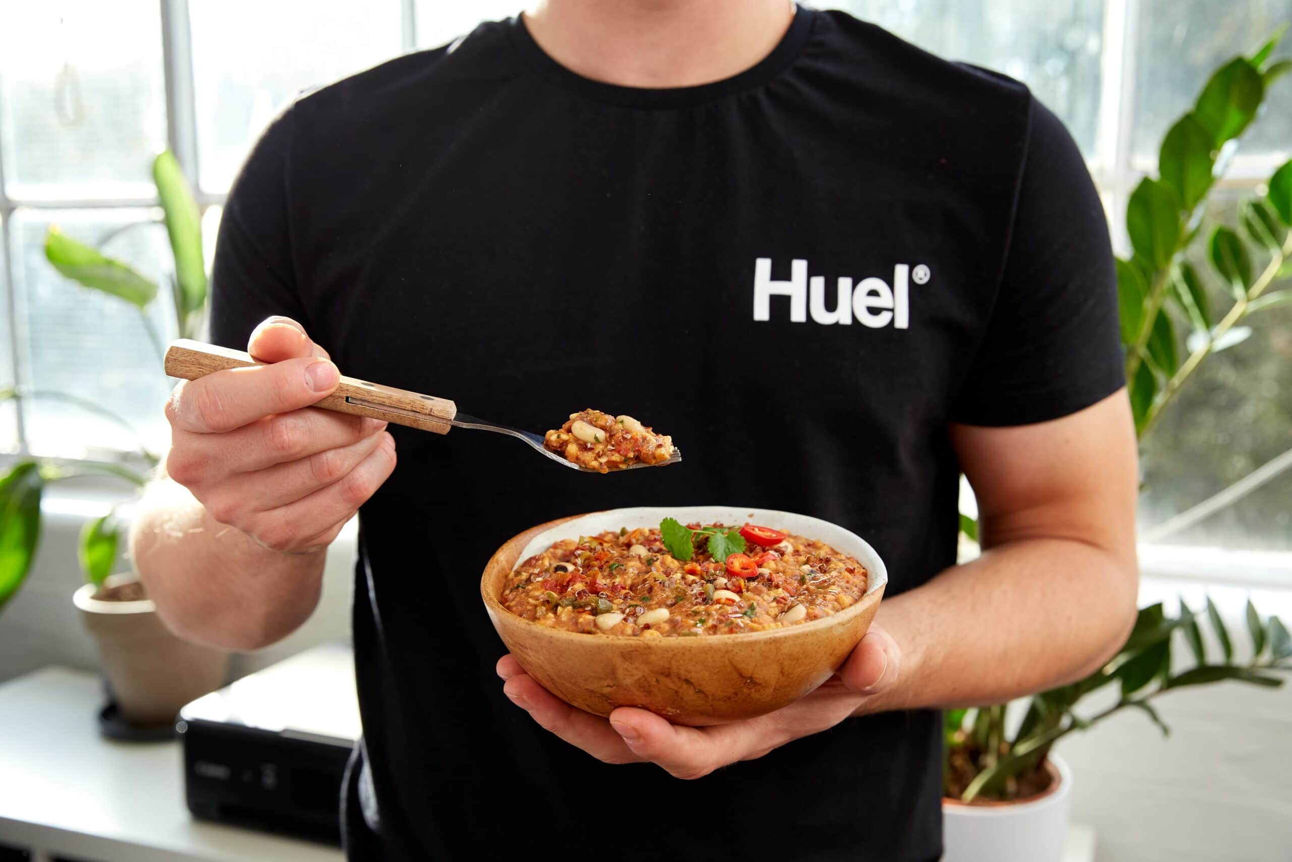Huel launches new Mexican Chilli flavour Hot & Savoury