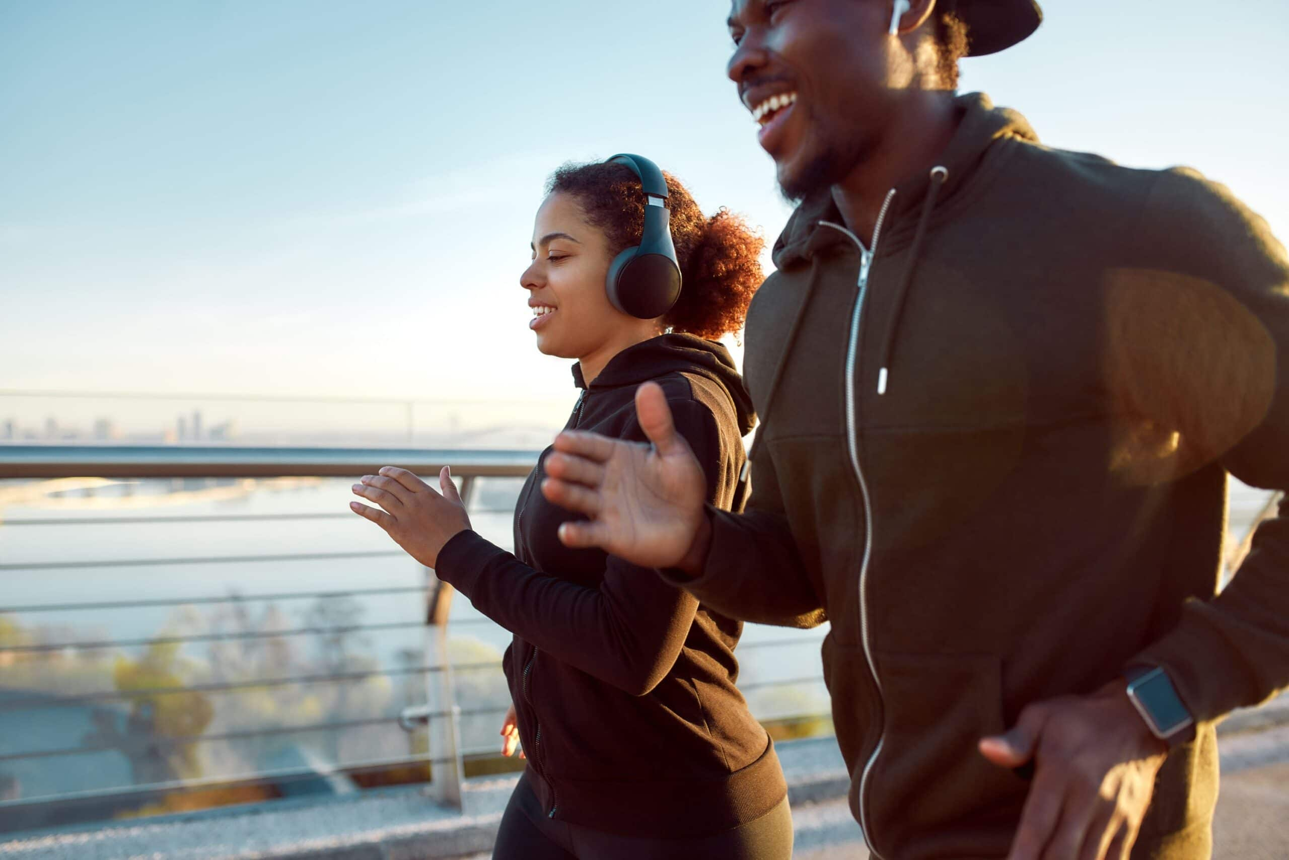 what are the mental benefits of running with a friend