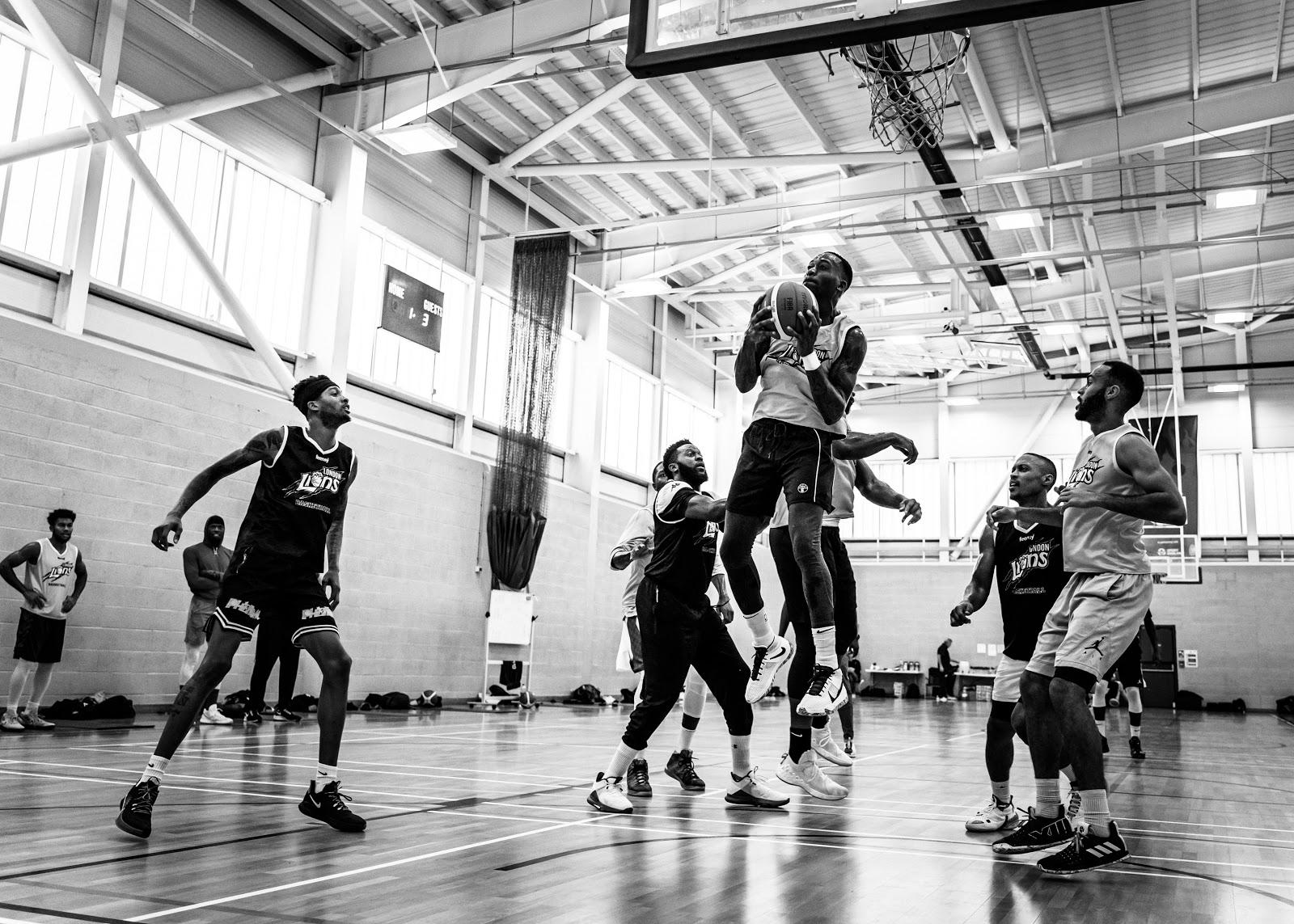 london lions playing basketball