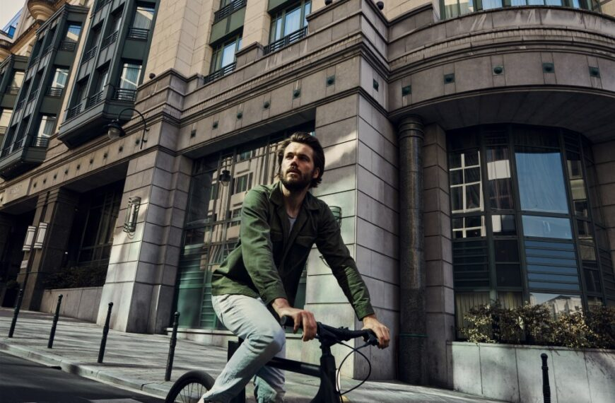 Stay In The Saddle This Winter With These E-Bike Safety Tips