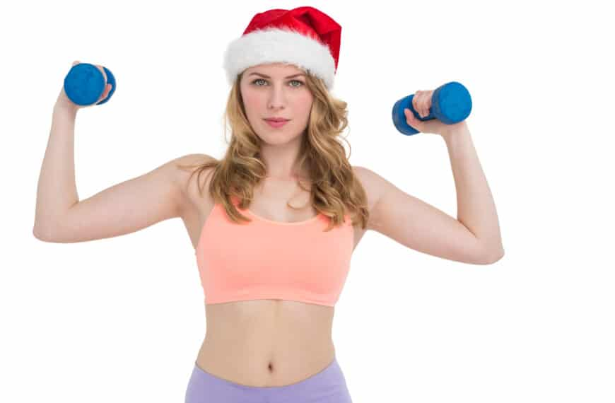 Can't Get To The Gym This Christmas? Try These Quick Workouts At Home