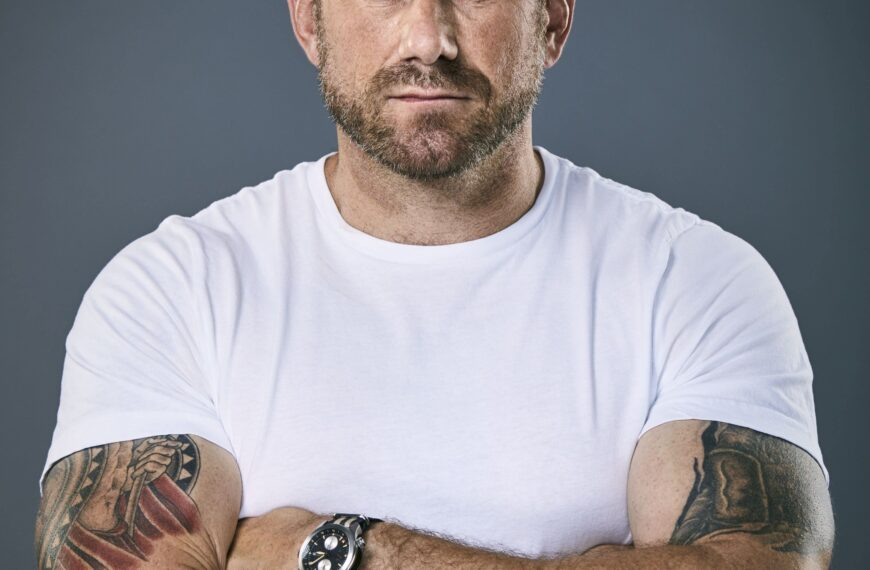 TV's Jason Fox Talks About Life After The Military, Men's Mental Health, And Why It Really Is OK To Admit You're Having A Tough Time