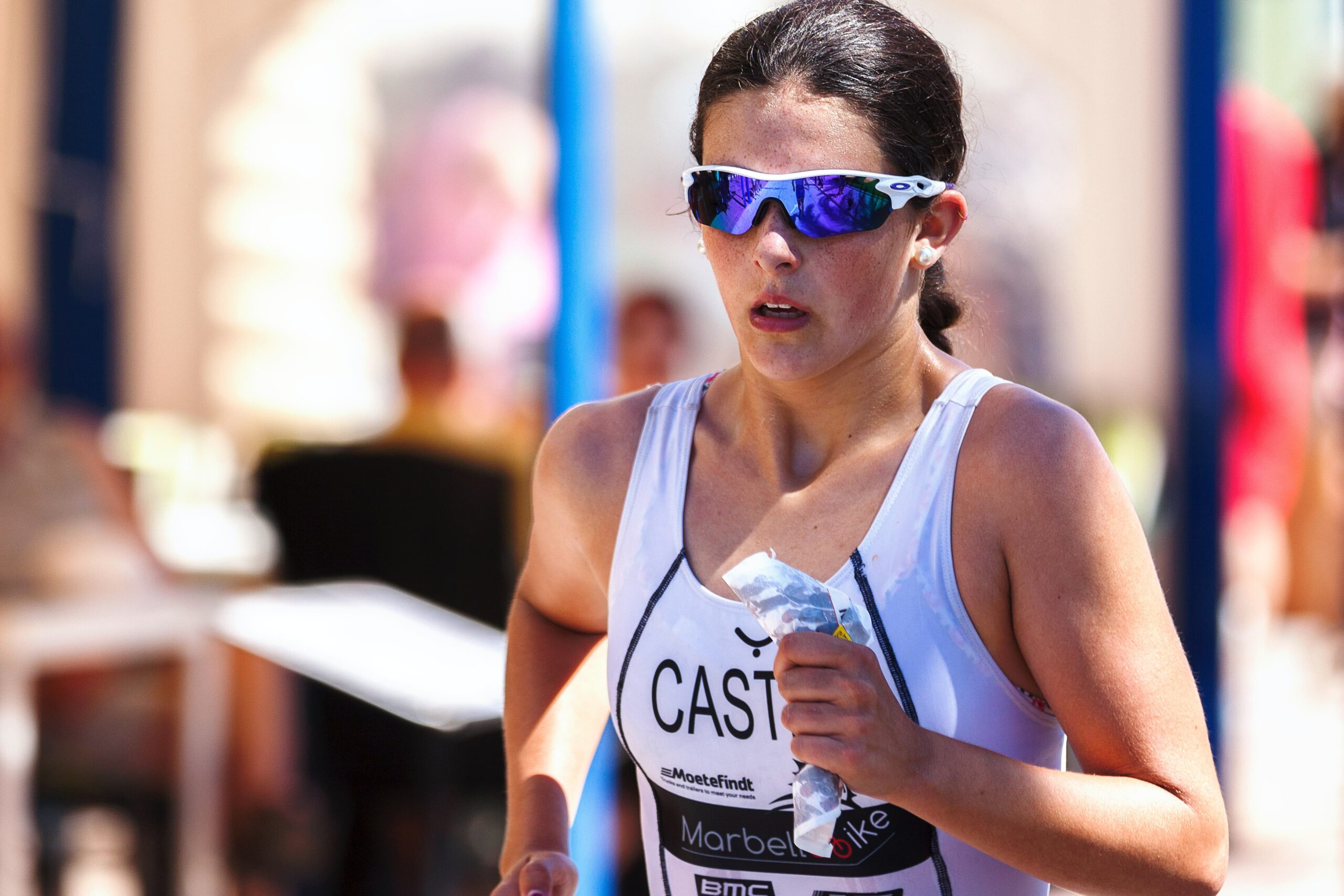 woman running race scaled