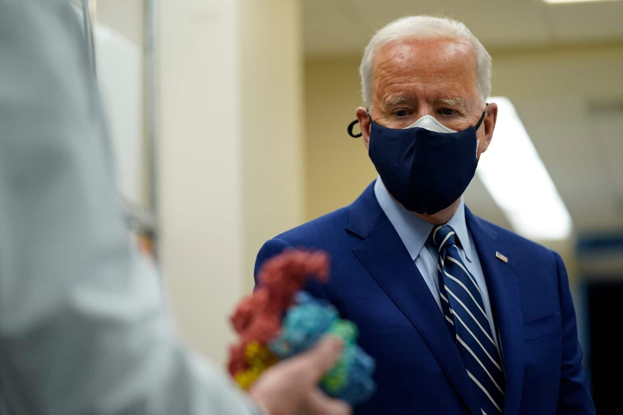 joe biden in double facemask