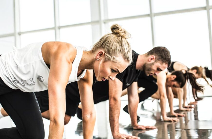 How To Avoid Injury And Societal Burnout When Returning Back To The Gym