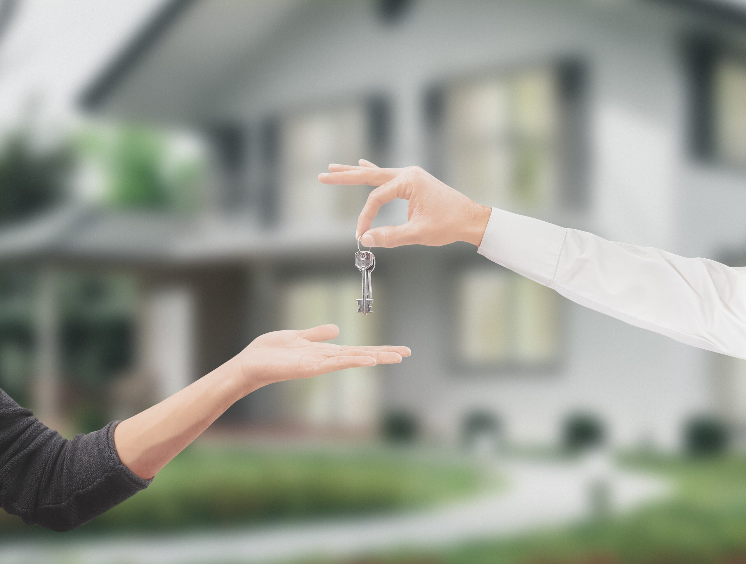 buying a house scaled