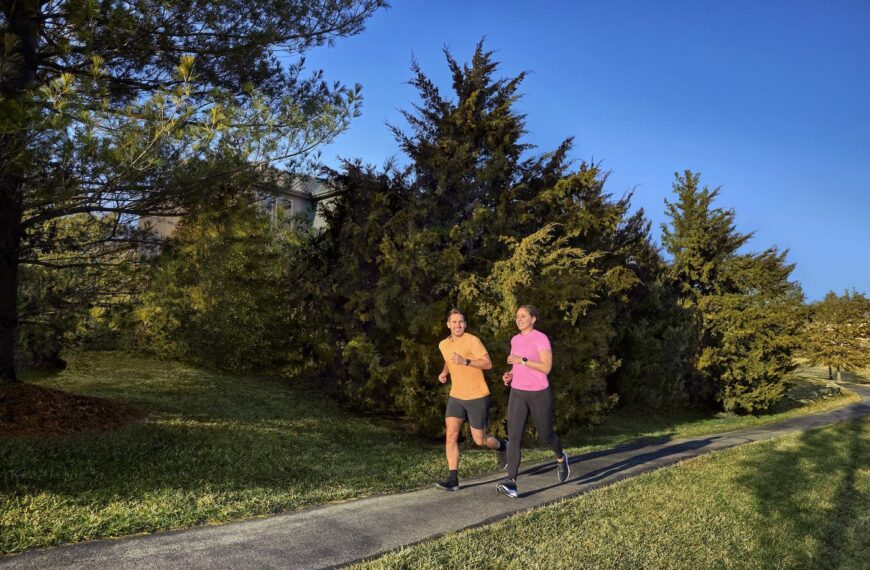 Garmin Celebrates Global Running Day With The Launch Of The Forerunner 55