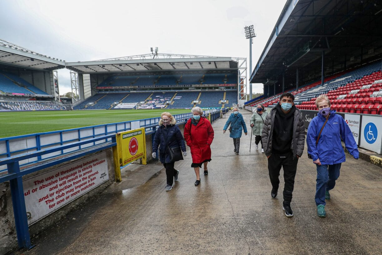 Blackburn Rovers player Tyrhys Dolan completes Mile For Mind with members of the Clubs local community 1
