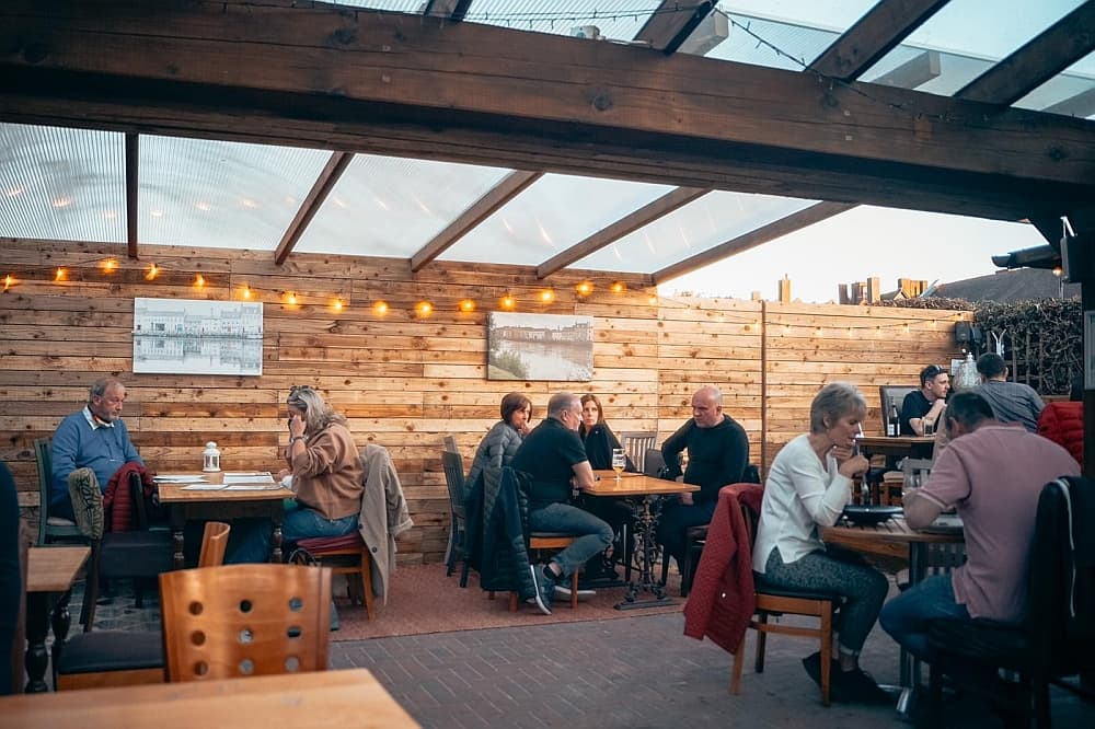 outdoor dining in england 9