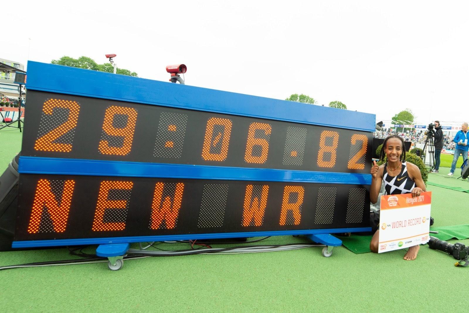 Sifan Hassan celebrates world 10,000m record