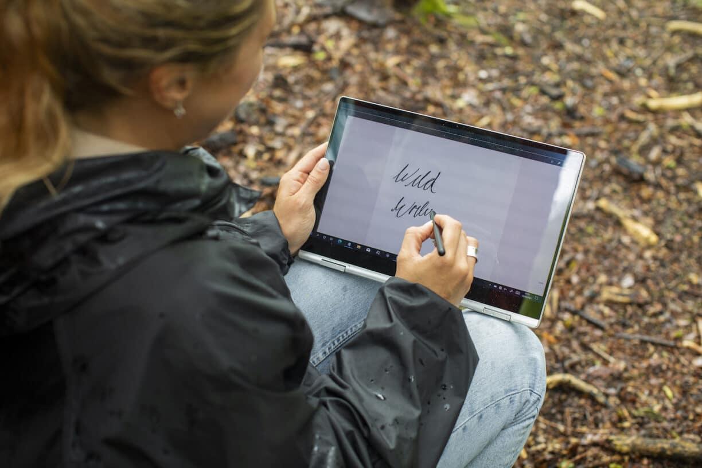 Wild Writing Samsung KX 21