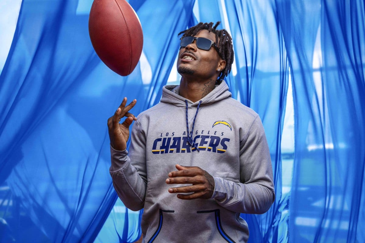 Oakley Named An Official On-Field Partner And Licensee Of The National Football League