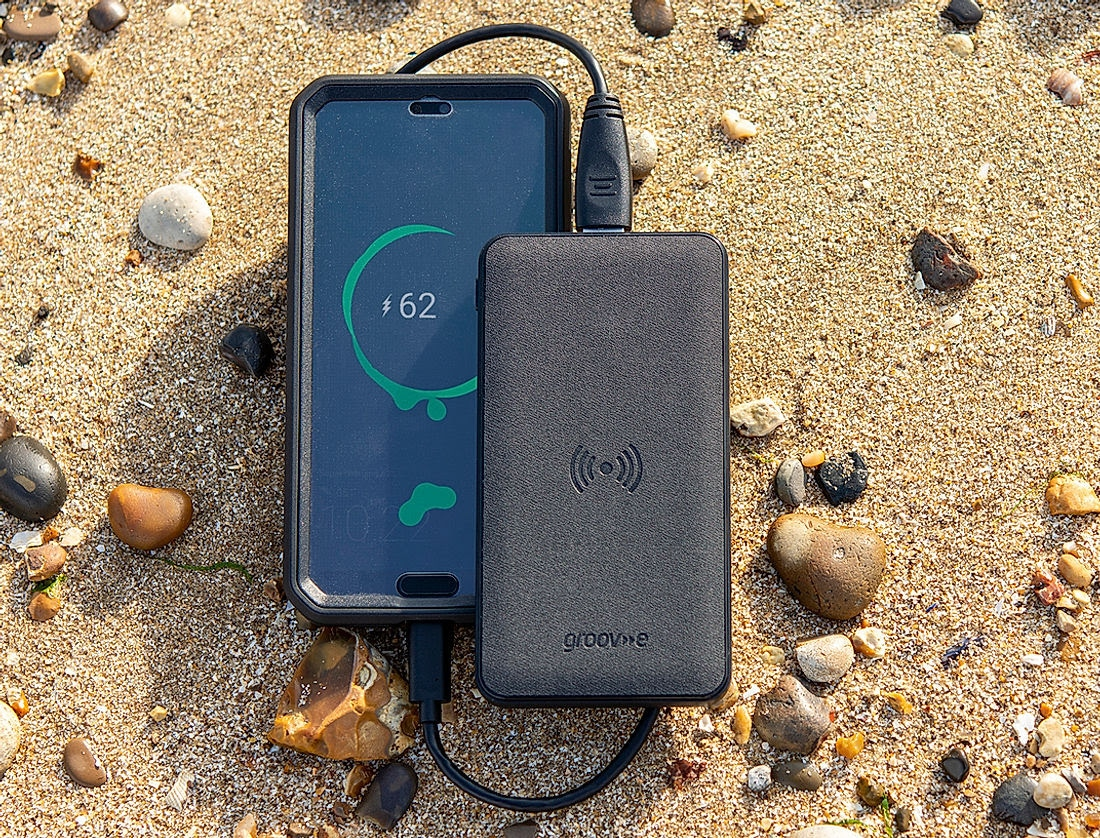 Groov e portable wireless charger