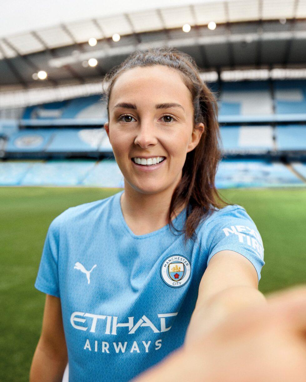 Manchester City Home kit 15