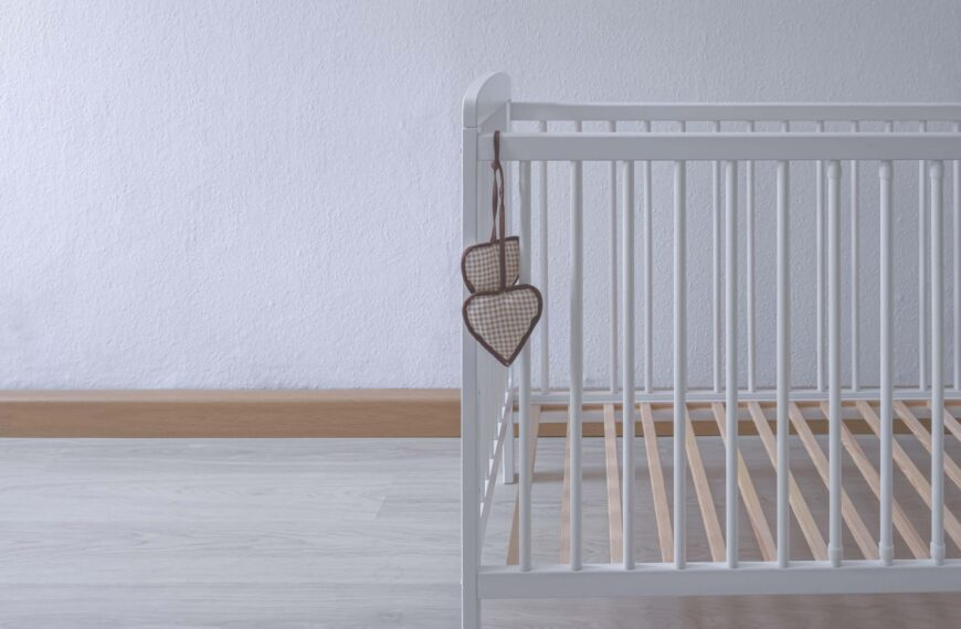 Dear Fiona: How Do We Support Our Son And Daughter-in-Law After Our Grandchild's Cot Death?