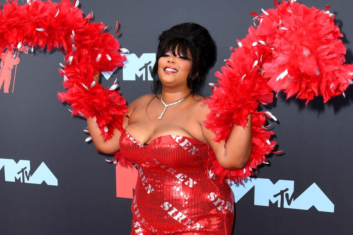 Why We All Need To Take A Leaf Out Of Lizzo's Book And Exercise More Self-Love
