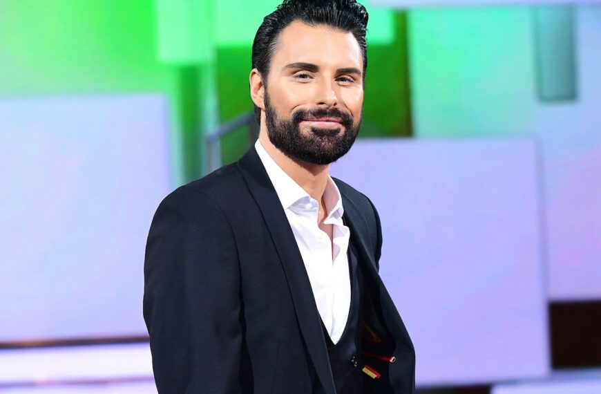 As Rylan Clark-Neal Returns To Twitter – Here Are 6 Signs You Need A Digital Detox