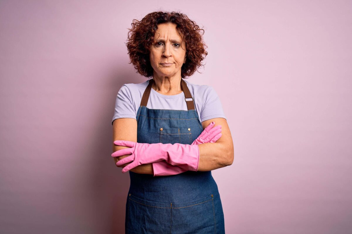 Dear Fiona: I Recently Got A Job – But My Husband Still Expects Me To Do All The Housework